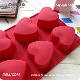 Moulages rouges de gâteau de silicones de forme de coeur pour la micro-onde/coffre-fort de four/congélateur