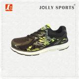 Sports neufs de maille d'espadrille de type de modèle exécutant des chaussures de femmes d'hommes