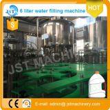 Cadena de producción de relleno del agua de botella del animal doméstico de 5 litros