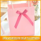 Sac d'emballage estampé par coutume rose de papier d'emballage de couleur (BLF-PB350)