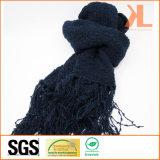 Акриловым шарф зимы способа теплым связанный военно-морским флотом с краем