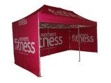 Das Falten knallen oben Zelt mit Druck-Firmenzeichen