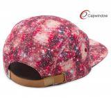 Sombrero colorido de encargo del campista del modelo con la corrección de cuero