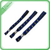 Wristband de tissu tissé par polyester respectueux de l'environnement promotionnel
