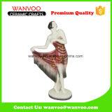 Frau in der langes Kleid-keramischen Figürchen für Dekoration-Ausgangsverzierung
