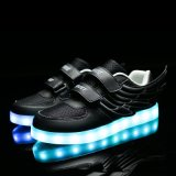 가벼운, 번쩍이는 단화 빛, 저속한 가벼운 단화가 고품질에 의하여 싼 LED 구두를 신긴다