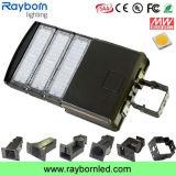 O lote de estacionamento ao ar livre ilumina luzes de rua do diodo emissor de luz da fotocélula 150W Shoebox