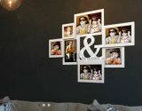 プラスチックマルチOpenningのコラージュの机の壁の写真フレーム