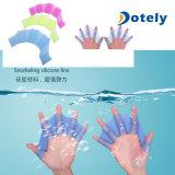 Aletas reticuladas de la mano del silicón para la natación
