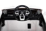 12V a autorisé la conduite de Mercedes SL65 sur le jouet de véhicule