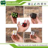 Anti cubo di sforzo del nuovo dei giocattoli più caldo di decompressione cubo di irrequietezza