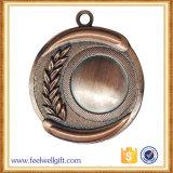 亜鉛合金の骨董品は青銅色3Dスポーツメダルをカスタム設計する