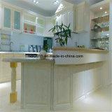 Madeira contínua de carvalho vermelho com o gabinete de cozinha branco da pintura de Cassic, os modelos os mais populares em Europa e Rússia