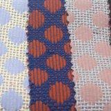 Tejido de poliéster teñido de la tela Producto químico para la mujer la capa del juego uniformes Niños y rsquor; S Garmen.