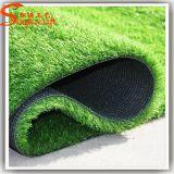 新しいデザイン庭の装飾の人工的な芝生の合成物質の草