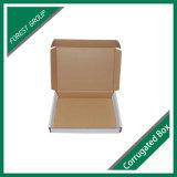 Blanco de cartón plegable caja de papel en movimiento