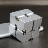 Cubo Desktop da inquietação do brinquedo da inquietação do cubo da infinidade da liga de alumínio com aprovações