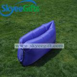 Großhandelszoll gedrucktes Llamzac Kneipe-schnell aufblasbares Sofa-Luft-Bett