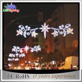 屋外の商業クリスマスのスカイラインの通りLEDの装飾ライト