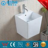 Il lavabo di ceramica della stanza da bagno/Parete-Ha appeso il bacino
