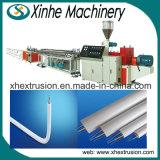 Fabrication d'une machine d'extrusion d'approvisionnement pour la ligne de production de PVC à double tuyau