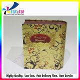 A caixa de papel do perfume luxuoso com personaliza o logotipo
