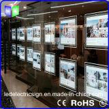 Paisaje de acrílico de cristal colgante de la caja de luz LED para la agencia inmobiliaria ventana de visualización