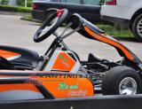 La corsa del motore 200cc di Honda va Karts (GC2001)