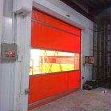Высокоскоростные PVC пластичные свертывают вверх дверь сделанную в Китае (HF-188)