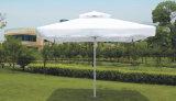 4 X4mは二重屋根が付いている傘の上で手で押す