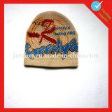 習慣によって編まれるジャカードアクリルの帽子の帽子