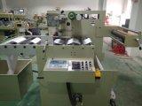 Machine de découpage pour l'étiquette estampée