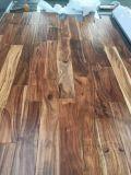 Le chêne, Iroko, Jatoba, acacia, a conçu le plancher en bois solide