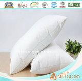 El ganso barato del color blanco abajo soporta la almohadilla suave barata de la pluma del ganso para el hogar