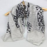 De grijze Sjaal van de Bloem van de Kleurendruk, de Bijkomende Sjaals van de Manier van Vrouwen