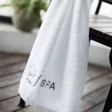 Ecofriendly полотенца ванны высокого качества продуктов продают изготовленный на заказ услугу по конструированию оптом Embrodiery