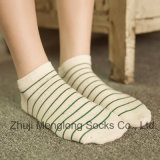 Großhandelsbaumwolle der dame-Ankle Socks No Show trifft kundenspezifischen Entwurf hart