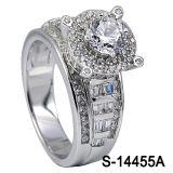 다이아몬드를 가진 고품질 형식 보석 925 순은