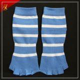 Nuovi di disegno di abitudine calzini del separatore della punta di yoga di slittamento non