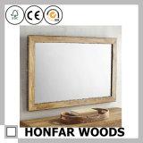 Vierecks-hellbrauner dekorativer Spiegel-Rahmen im Holz