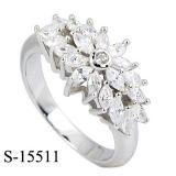 Ringen van CZ van het Zirkoon van de Juwelen van de manier de Echte Zilveren Ronde