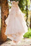 결혼 예복 W449가 끈이 없는 신부 드레스에 의하여 Champagne 3D 꽃이 핀다
