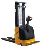 CE/ISO9001/SGS Electric Stacker (1.0 a 2.0ton)