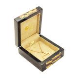 Rectángulo de joyería interno del terciopelo del marco de madera