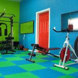 Taekwondoのマットの床のマットの泡は最上質の安いエヴァの泡の柔道Tatamiをタイルを張る
