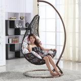 Garden Hanging Egg Chair Balcão Rattan ao ar livre / móveis de vime Swing (D018)