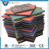 De met elkaar verbindende Kleurrijke RubberTegel van de Betonmolen van de Tegel dragen-Bestand Rubber