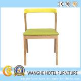 Cadeiras de restaurantes de madeira sólida colorida em madeira sólida para restaurantes