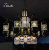 호텔 유리를 가진 프로젝트에 의하여 주문을 받아서 만들어지는 금관 악기 펀던트 램프