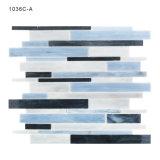 Materiales de construcción Entrepaños de cocina del mosaico azul de la frontera de cristal Azulejos